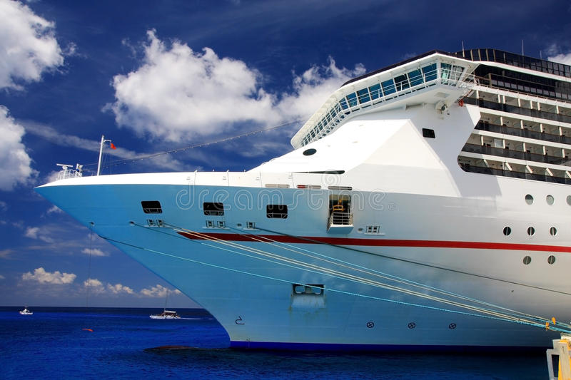Download Cruise liner stock photo. Image of sightseeing, recreation - 23828522