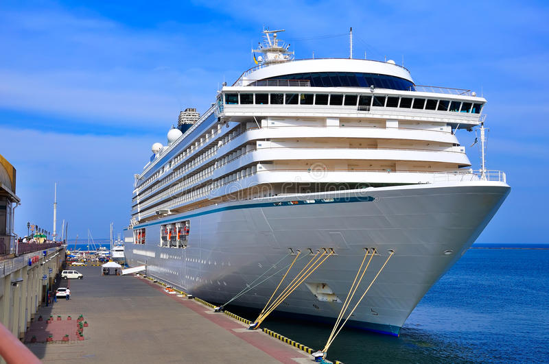 Download Cruise liner stock image. Image of blue, mode, quay, ship - 26655373