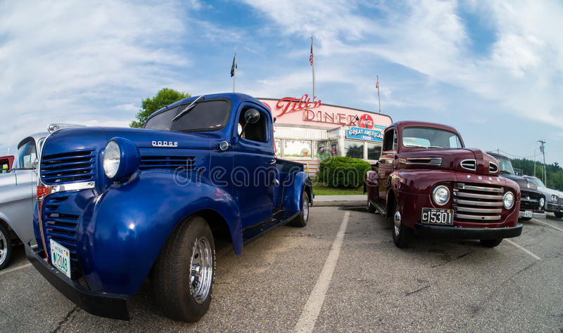 Cruise Night at the Tilt n Diner