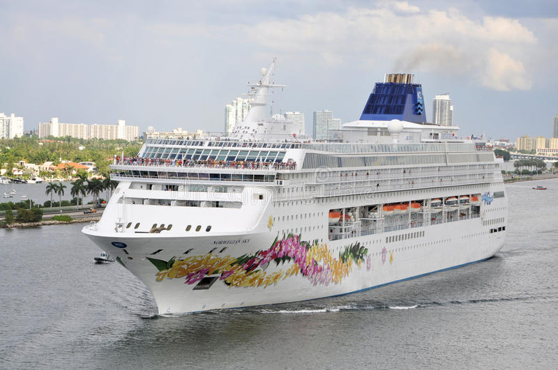 Download Cruise ship editorial image. Image of massive, liner - 26731190