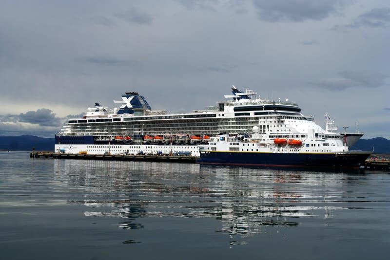Download Cruise ship editorial stock image. Image of journey, horizon - 29585829