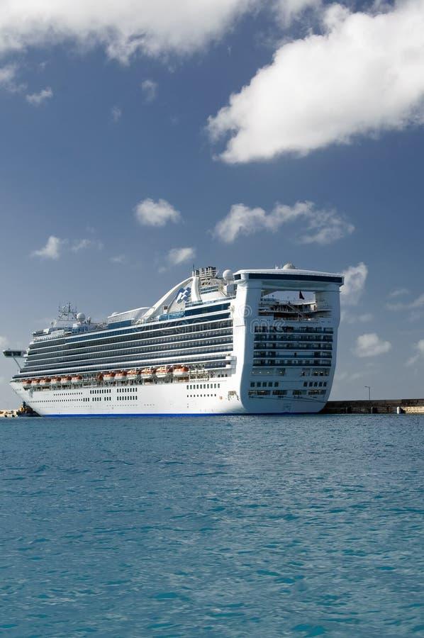 Free Cruise Ship Royalty Free Stock Photos - 8270648
