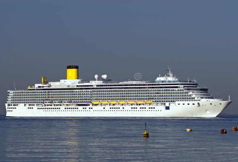 Download Cruise ship stock image. Image of summer, nautical, blue - 9567453