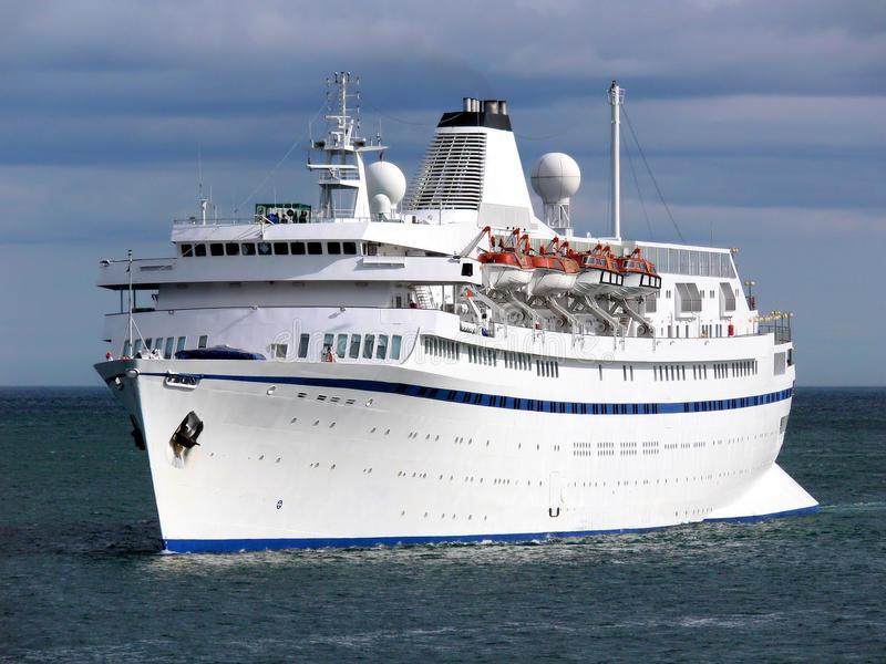 Cruise Ship A2 Royalty Free Stock Images