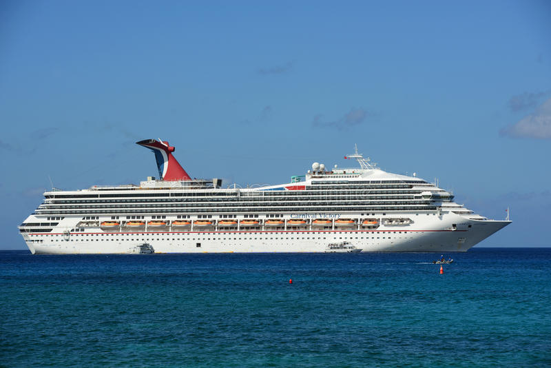 Cruise Ship Carnival Victory in Cayman Islands royalty free stock images