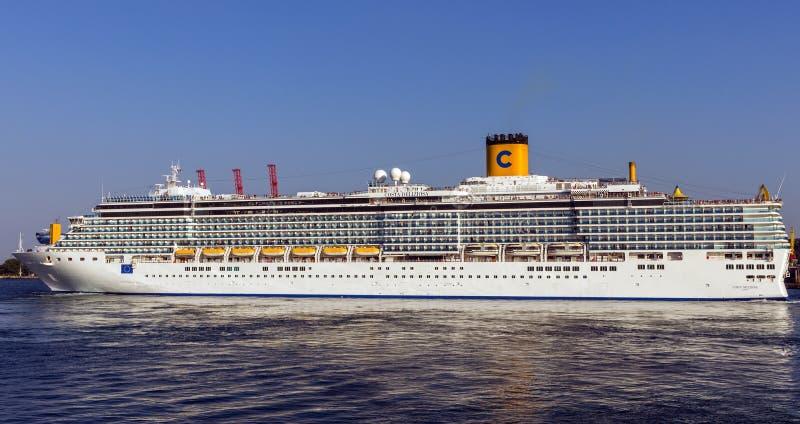 Download Cruise Ship Costa Deliziosa Editorial Stock Photo - Image: 33244948