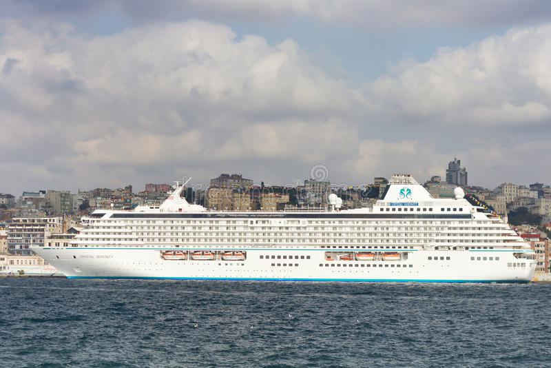 Download Cruise Ship Crystal Serenity Editorial Image - Image: 21252085