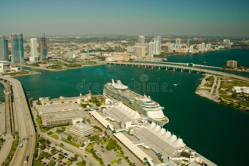 Download Cruise ship in the ocean stock photo. Image of cityscape - 31270626
