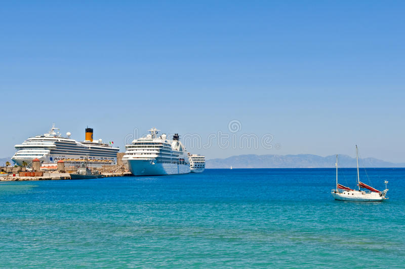 Download Cruise ships editorial stock photo. Image of bath, ancient - 21339638