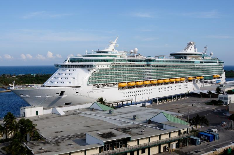 Download Liberty of the Seas editorial stock photo. Image of cruise - 29821963