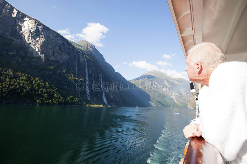 Download Cruiser Admiring Seven Sisters Falls In Geiranger Stock Image - Image: 26381407
