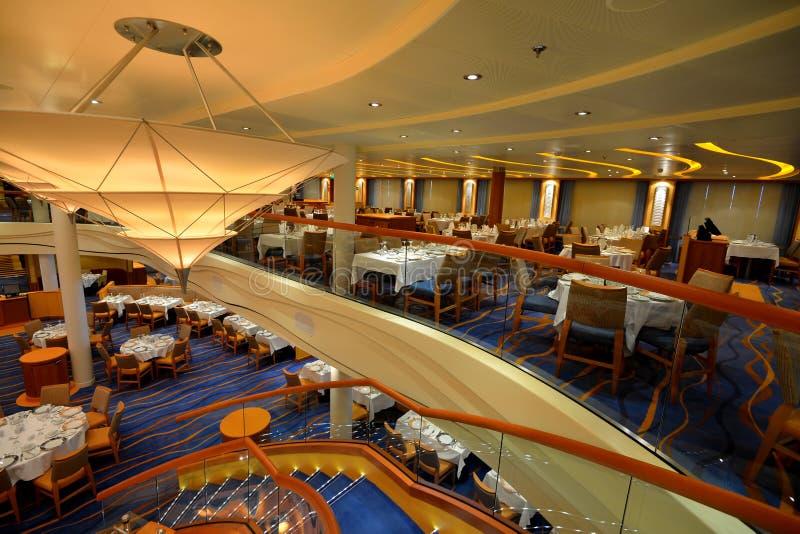 Cruiseschip het dineren gebied stock foto