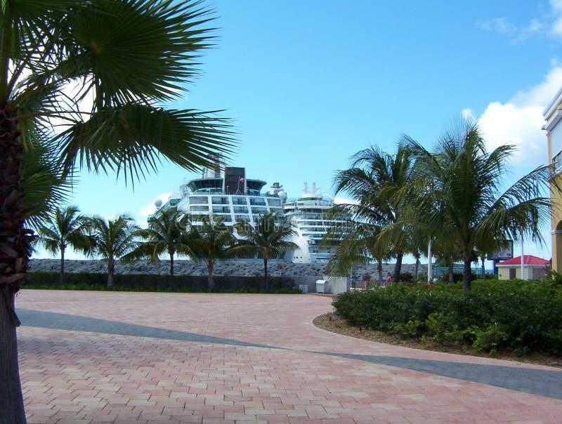 Cruiseships Maarten St 免版税库存照片