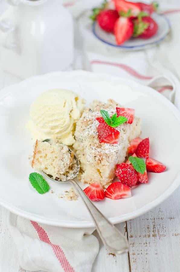 Free Crumb Cake Royalty Free Stock Photography - 25124527