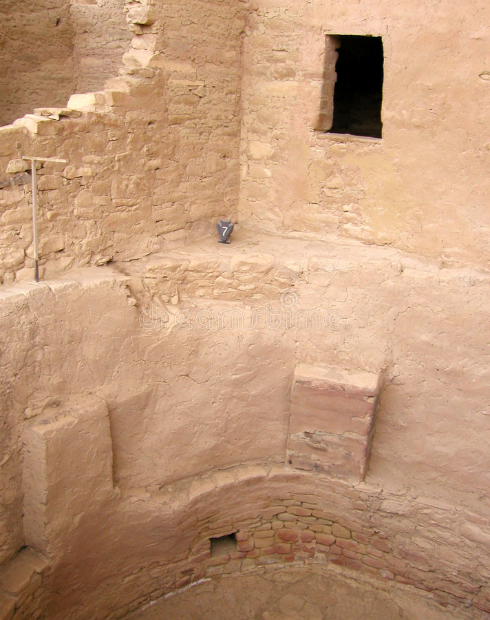 Crumbling Walls at Mesa Verde royalty free stock photos