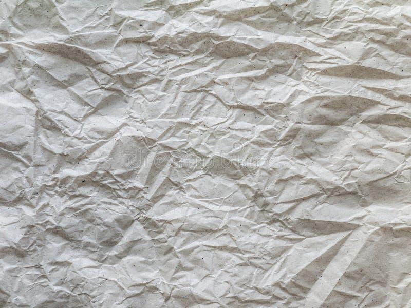 Crumpled recicló el papel de embalaje gris imagen de archivo libre de regalías