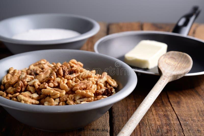Crunchy ингридиенты грецких орехов стоковая фотография