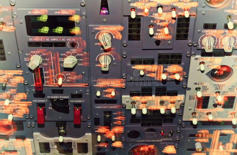 Cruscotto della cabina di pilotaggio di aerei immagine stock