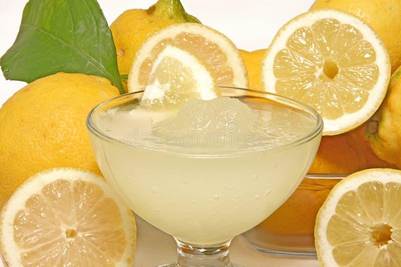 Crushed ice of lemons
