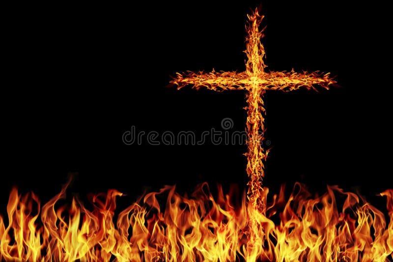 cruz ardente do fogo no fogo foto de stock royalty free