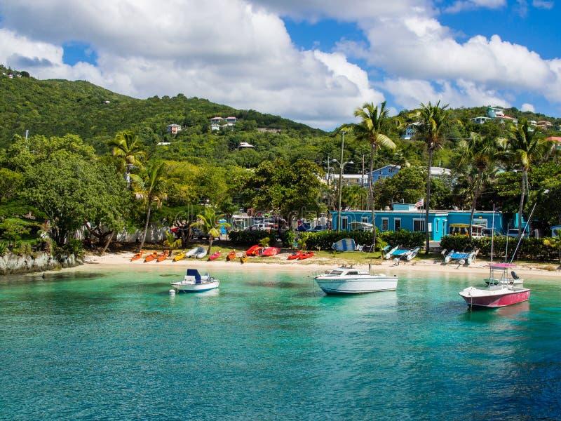 Cruz Bay, Maagdelijke Eilanden, St Caraïbisch John, stock fotografie
