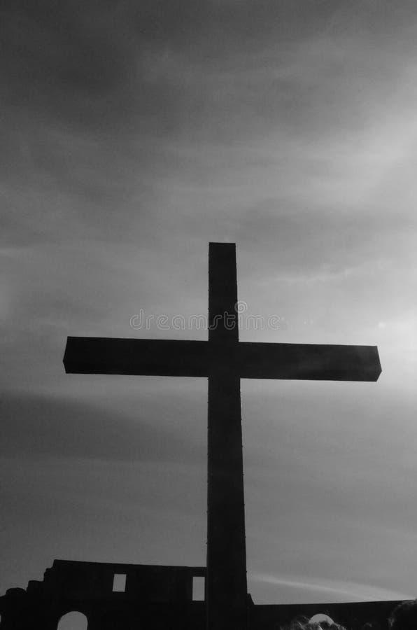 Cruz blanco y negro fotos de archivo