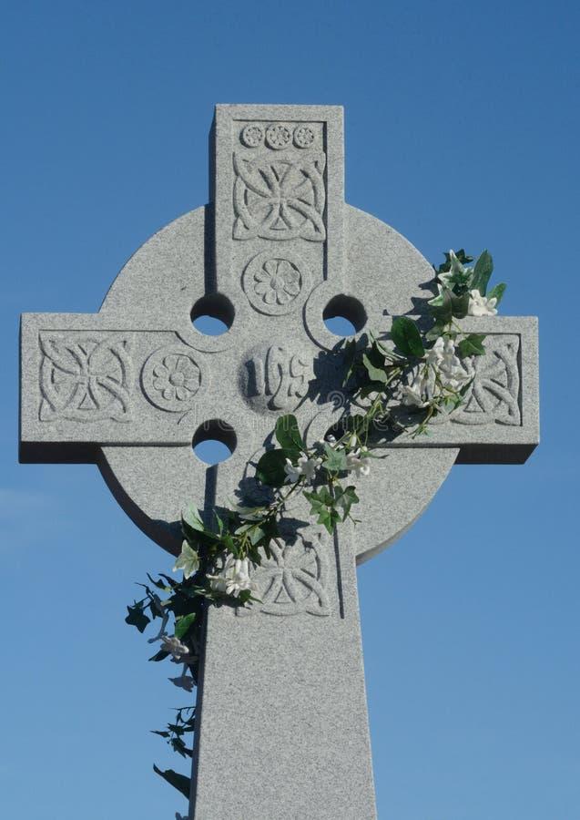Cruz céltica de Pascua foto de archivo libre de regalías