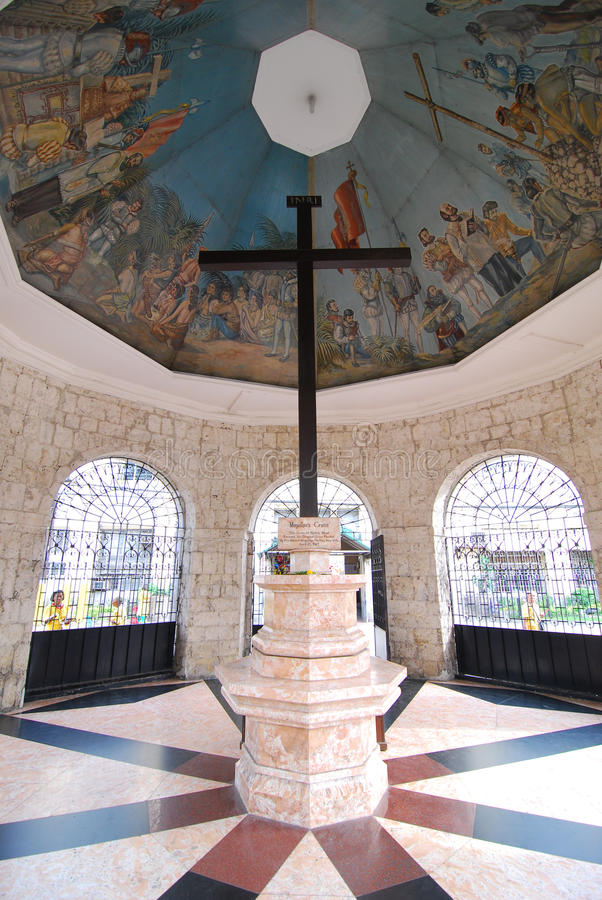 Cruz de Magellan en la ciudad de Cebú foto de archivo
