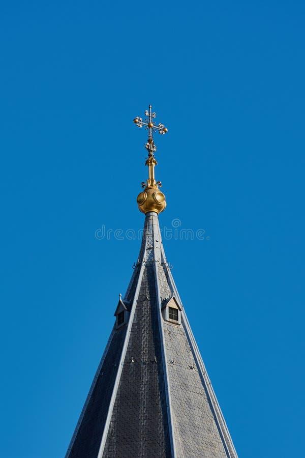 Cruz de oro en la catedral de los Dom de Maguncia fotos de archivo libres de regalías