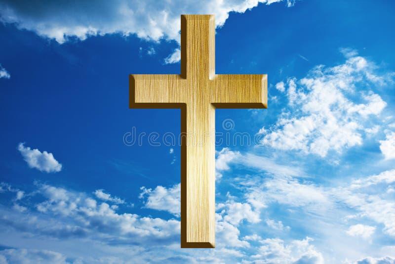 Cruz del oro en cielo fotos de archivo