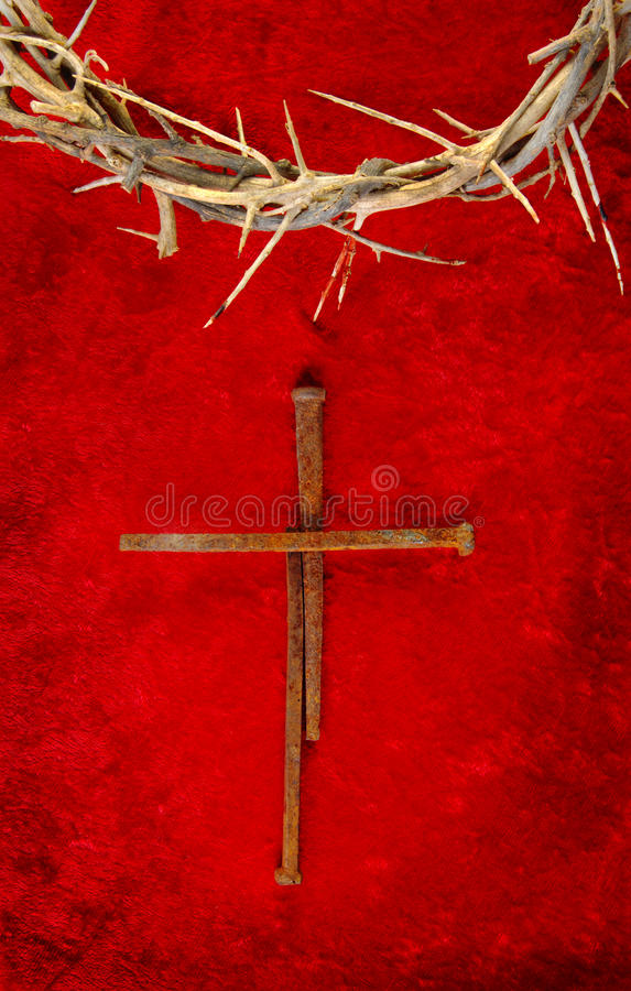 Cruz do ponto do prego com a coroa de espinhos imagem de stock