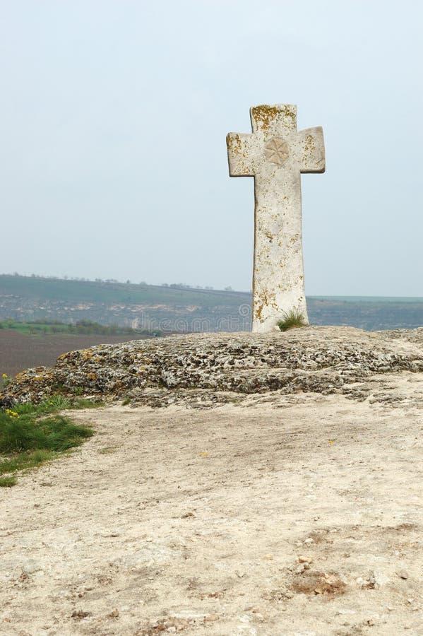 Cruz ortodoxo moldavian velha em Orhei, Moldova imagem de stock royalty free