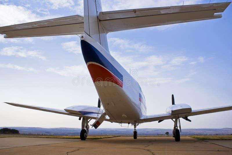 Cruzado de Cessna 303 - vista traseira 01 fotografia de stock