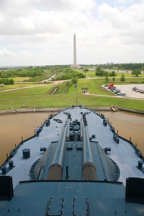 Cruzador de batalha de Texas & monumento de San Jacinto imagem de stock royalty free