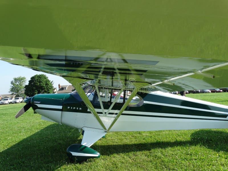 Cruzador super clássico belamente restaurado do gaiteiro PA-12 fotos de stock royalty free