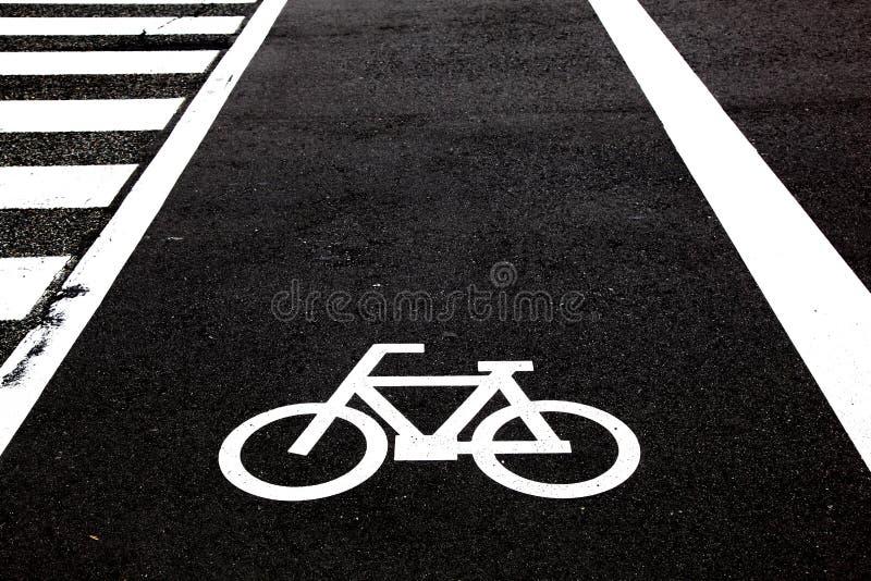 cruzamento da bicicleta fotos de stock