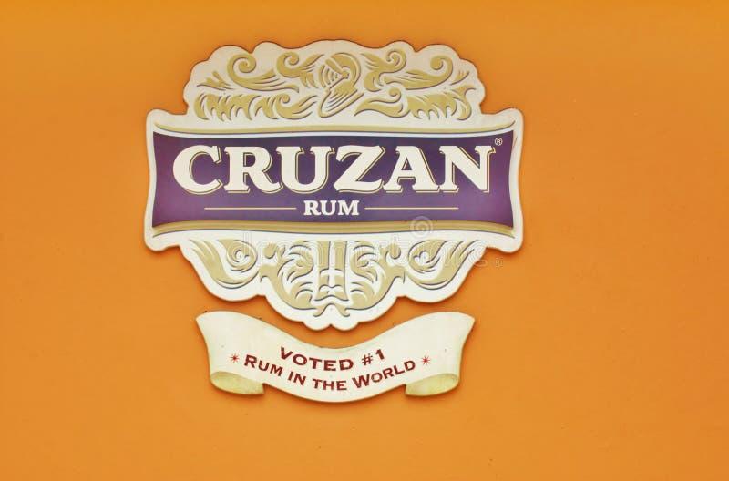 Cruzan σημάδι οινοπνευματοποιιών ρουμιού usvi του ST croix στοκ φωτογραφία