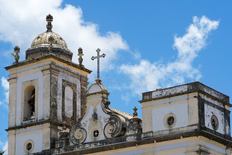 Cruzeiro DE Sao Francisco Anchieta koloniale Christelijke dwars en de kerk van San Francisco in Pelourinho royalty-vrije stock afbeelding