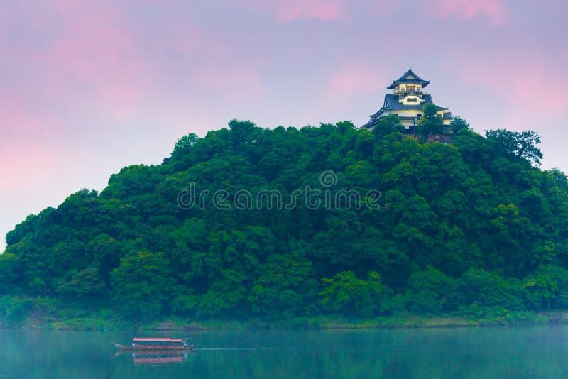Cruzeiro H do turista do rio de Kiso do por do sol do castelo de Inuyama fotografia de stock