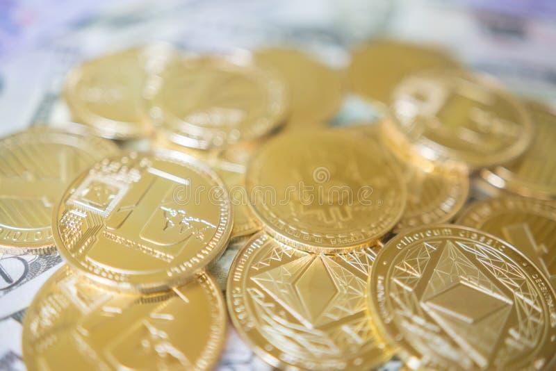 Crypto waluty monety ustalona kolekcja, bitcoin, ethereum, litecoin obrazy stock