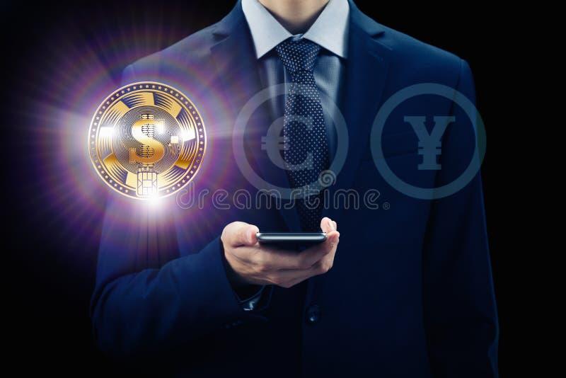 Cryptocurrency虚屏 企业、财务和技术概念 位硬币, Ethereum块式链 与电话fo的商人 免版税库存图片