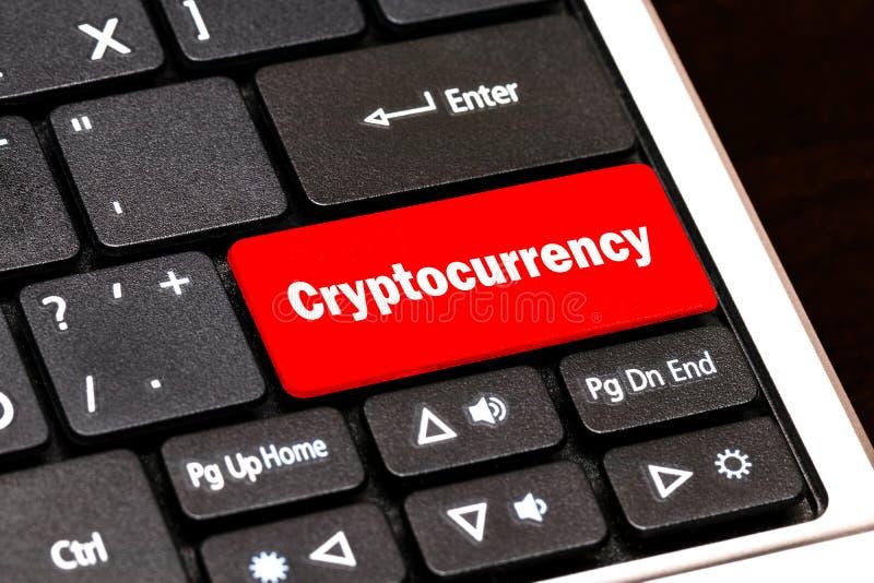 Cryptocurrency begrepp: datortangentbord med ordet Cryptocurren royaltyfri fotografi