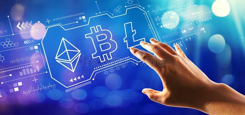 Cryptocurrency - Bitcoin, Ethereum, Litecoin com pressão de mão um botão foto de stock