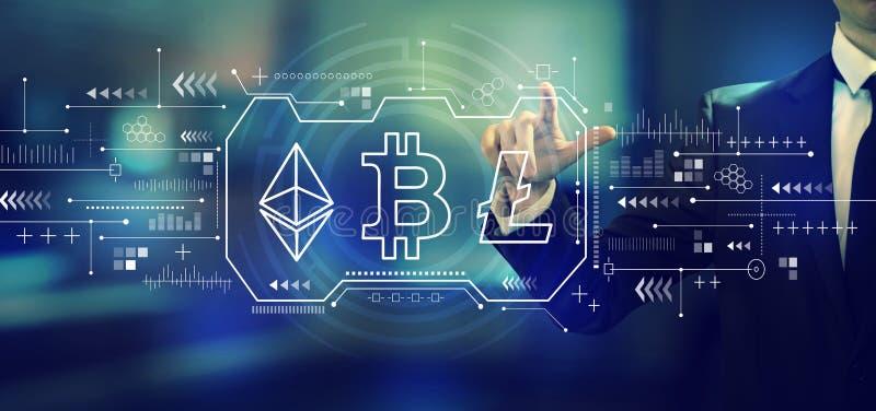 Cryptocurrency - Bitcoin, Ethereum, Litecoin met een zakenman stock fotografie