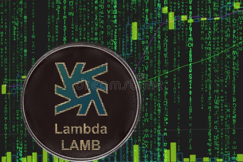 Cryptocurrency de l'AGNEAU lambda de pièce de monnaie sur le fond du cryptos texte de matrice et diagramme binaires des prix illustration de vecteur