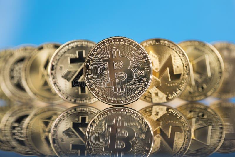 Cryptocurrency e pagamento a livello mondiale, concetto di tecnologia fotografie stock libere da diritti