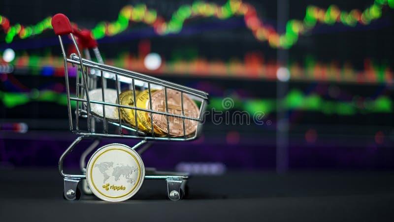 Cryptocurrency; a moeda digital imagem de stock