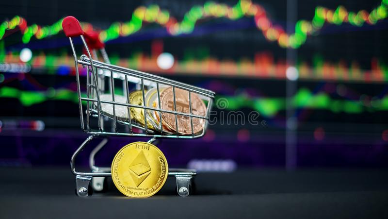 Cryptocurrency; a moeda digital imagem de stock royalty free