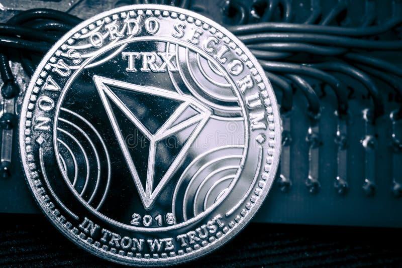 Cryptocurrency Thron da moeda em um fundo cinzento TheTRX foto de stock royalty free