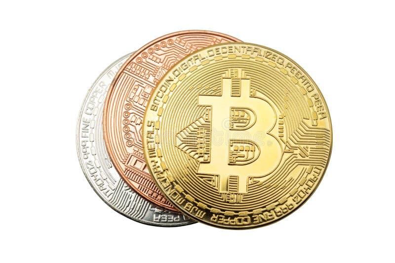 Cryptos pièces de monnaie de bitcoin de devise d'isolement sur le fond blanc, avec photo stock
